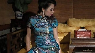 sexy video: chinese bondage very sexy chipao stockings and high heels