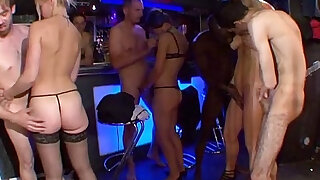 sexy video: Orgy in the basement of a house! French amateur