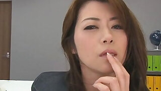sexy video: Hojo toying her pussy during an office meeting