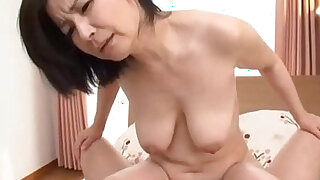 sexy video: Milf Sucking Guy Hairy Pussy finger Fucked On The Bed