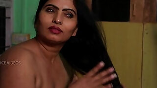 sexy video: Desi Aunty Tempting Herself In Bathroom Hot Romance With Servant