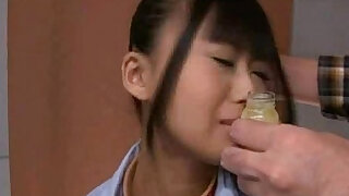 sexy video: Free Japanese model gives amazing head