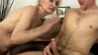 sexy video: Amateur granny gets ravaged
