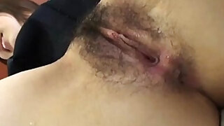 sexy video: Japanese girl gets pussy fingered before sucking