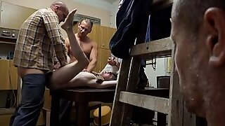 sexy video: Sexual Glasses A perverted family sex