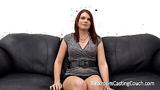 sexy video: Real full body redhead